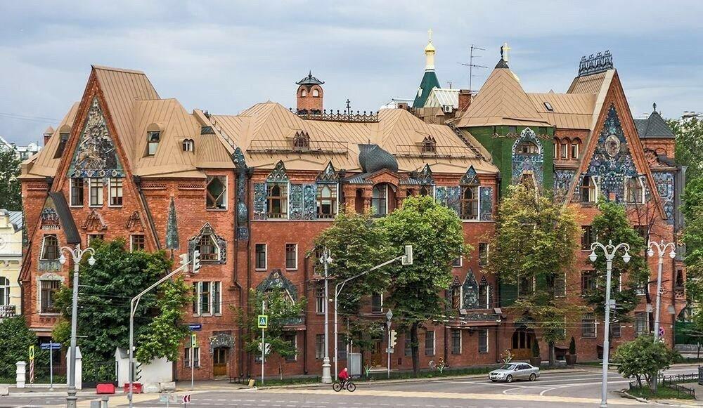8 самых сказочных уголков Москвы