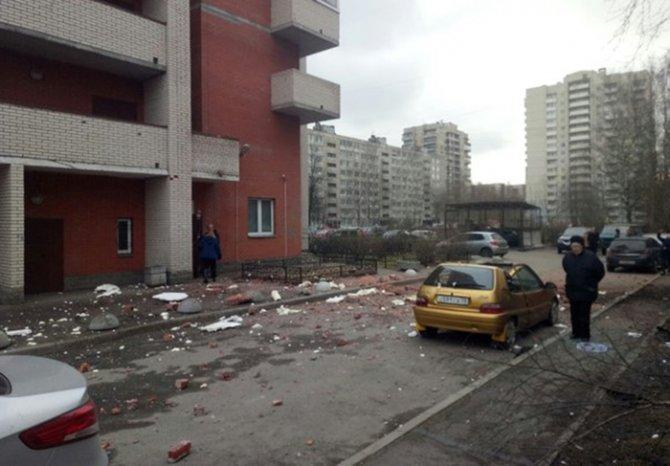 Очевидцы сообщили о взрыве в…