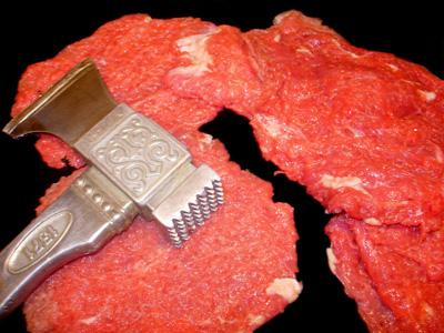 Как пожарить не самое лучшее для жарки мясо