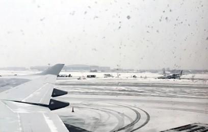 В московских аэропортах из-за метели отменено 25 рейсов