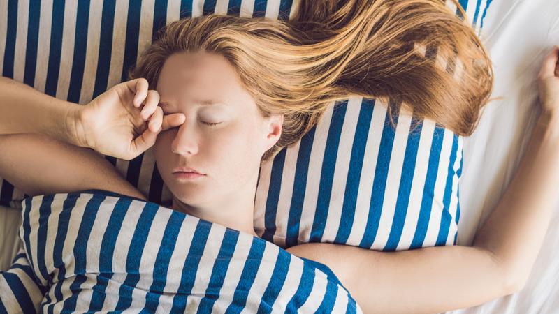 Какая поза для сна лучше всего