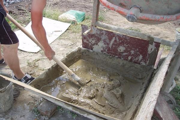 Как приготовит раствор бетона своими руками