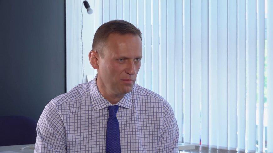 Навальный «подружился» с КПРФ в попытке «залезть» на политическую арену