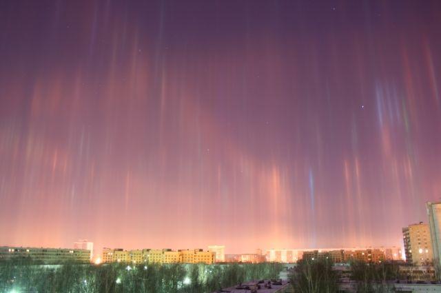 Жители Нижнего Тагила наблюдали в небе световые столбы