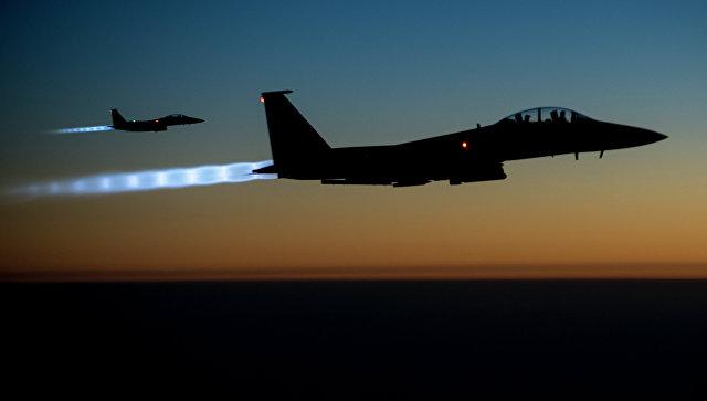 В США для перехвата самолета недалеко от резиденции Трампа подняли два F-15
