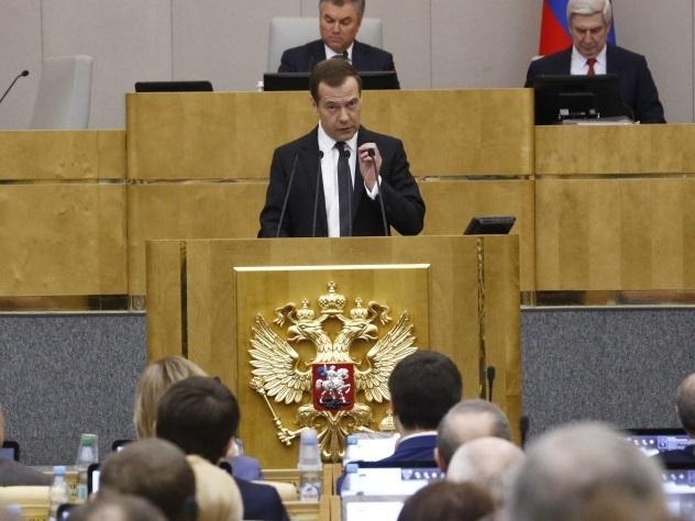 Медведев рассказал о снижении ставок по ипотеке
