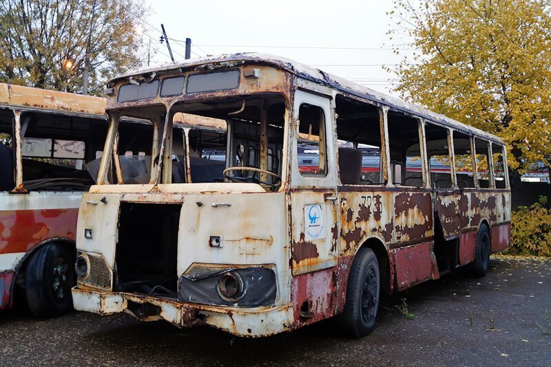 ЛиАЗ-677: Последние труженик…