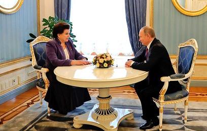 Путин лично поздравил Терешкову с юбилеем