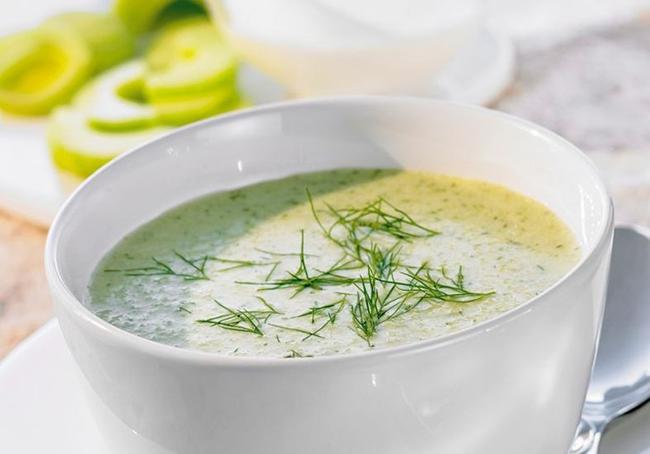 Крем-суп с огурцом и йогуртом