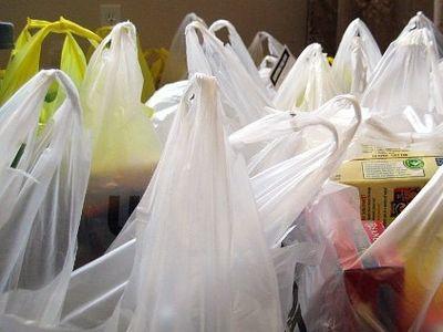 Из российских магазинов пропадут целлофановые пакеты