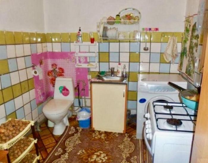 Безумные комбинации кухни с ванной комнатой от практичных граждан