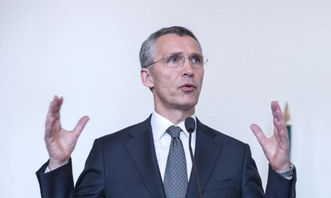 Столтенберг: Расходы НАТО навооружения в2018 году составят $250 млрд