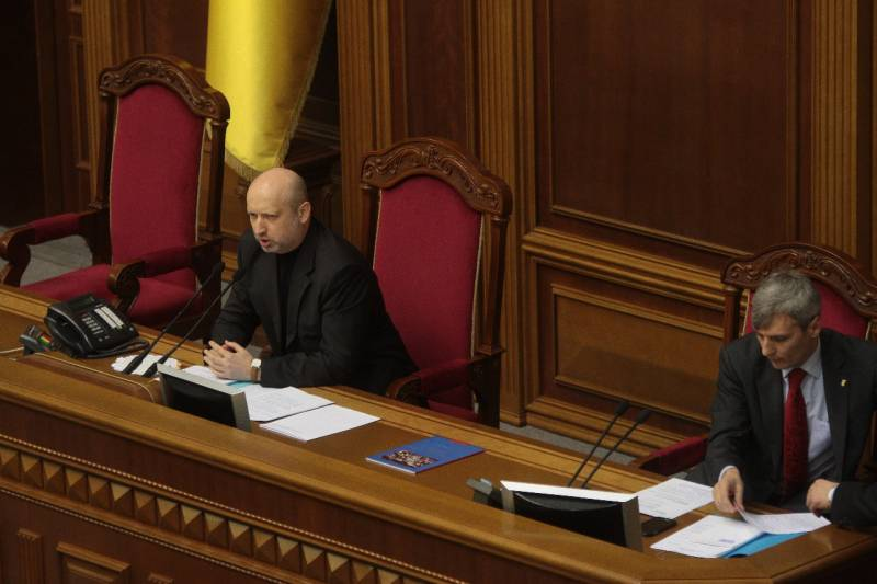 Рады бы повоевать, но Россия не позволит. Порошенко проигрывает России из-за жадности, лени и украинской мовы
