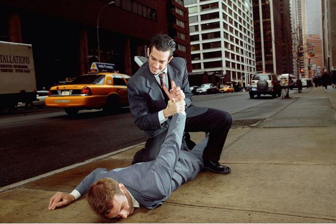 Уличные драки: как себя вести. Что можно делать, а что нет