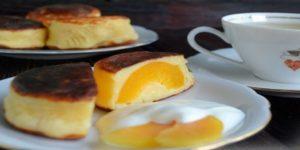 Сырники с фруктовой начинкой – лучший воскресный десерт