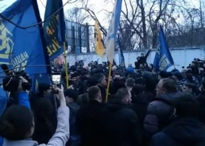 """""""Аваков пошел в наступление"""". Что означает атака Нацкорпуса на Порошенко"""