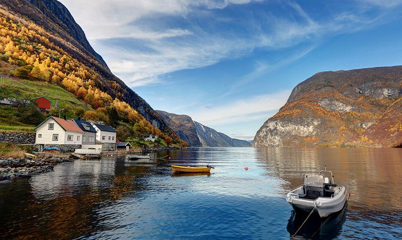 10 самых изолированных мест, где вопреки всему живут люди