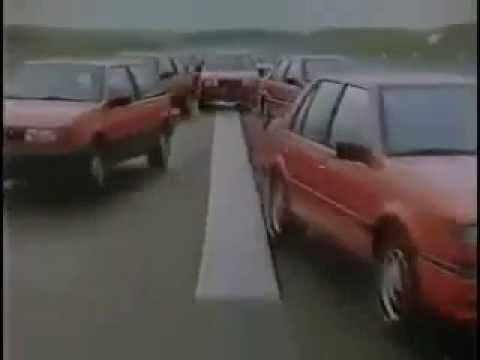 Водителя - асы! И, что любопытно, без всякой компьютерной графики! Крутой рекламный ролик 80-х
