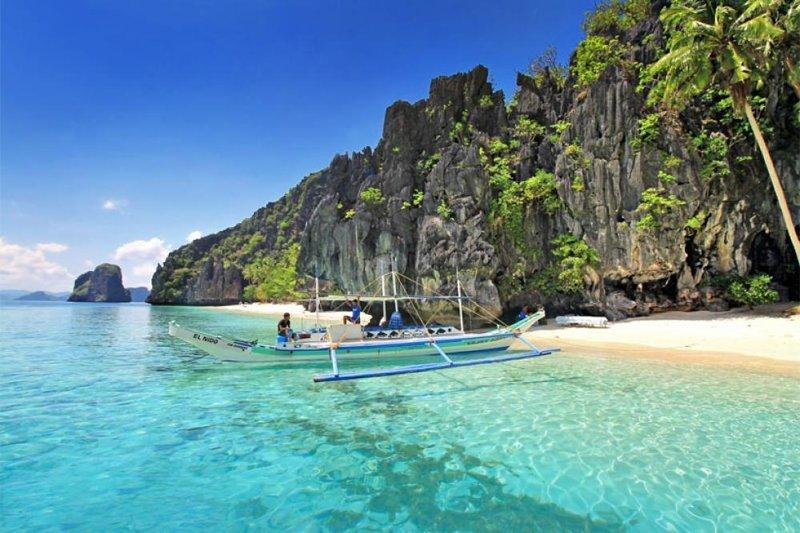 А вот еще парочка, для контраста. Филиппины - божественно грязь, изнанка, курорты, нищета, путешествия, трущобы