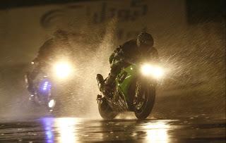 Езда в дождь на мотоцикле