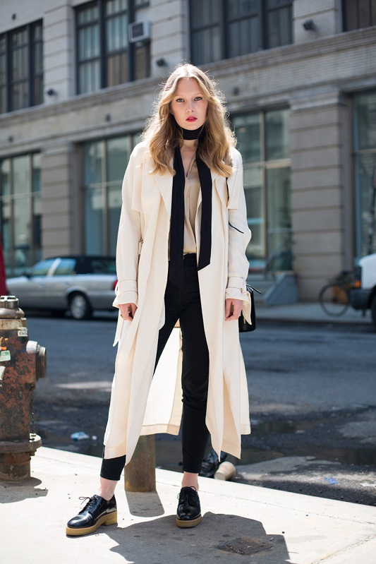 Тонкий шарф — новый модный тренд на осень 2015