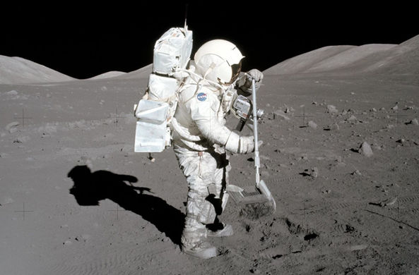 НАСА впервые откроет лунные образцы миссии «Аполлон»