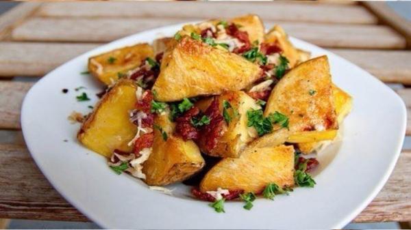 Картошка печеная с беконом