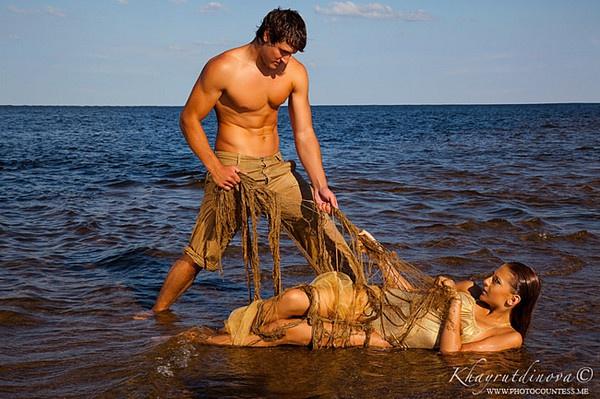 Поймал мужик золотую рыбку...