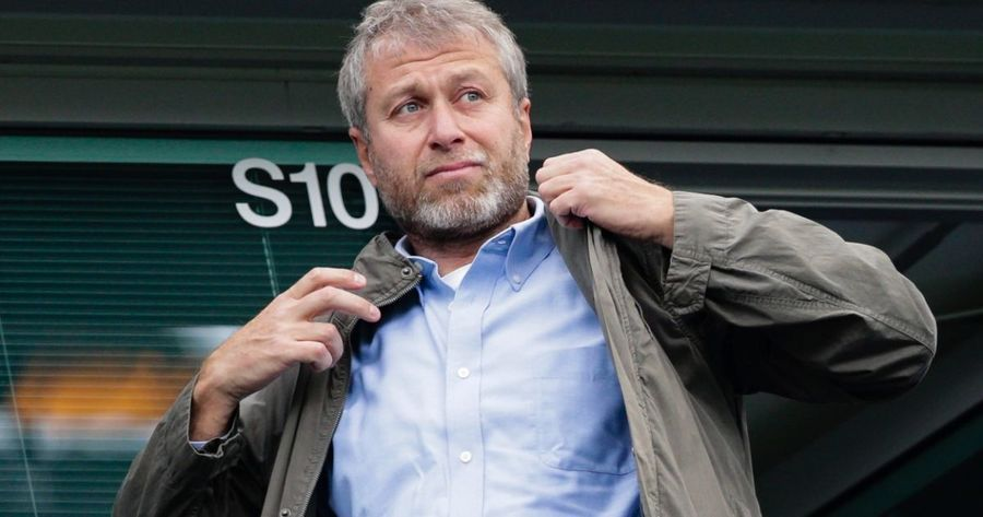 Что знает Роман Абрамович? Бизнесмен продает российские активы