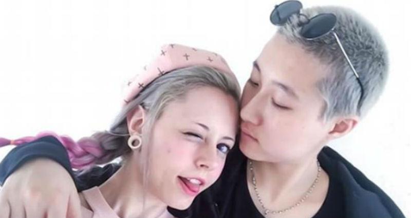 Дочь Джеки Чана: «Мы с моей девушкой ночуем под мостом из-за родителей-гомофобов»