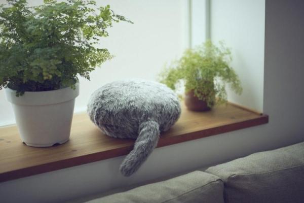 Qoobo — подушка с хвостом, к…