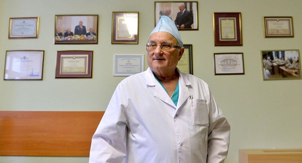 Картинки по запроÑу ÐеÑколько откровений знаменитого академика, который ежедневно проводит операции на мозге!