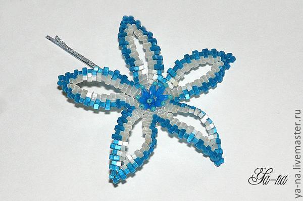 Заколка: плетение бисерного цветка