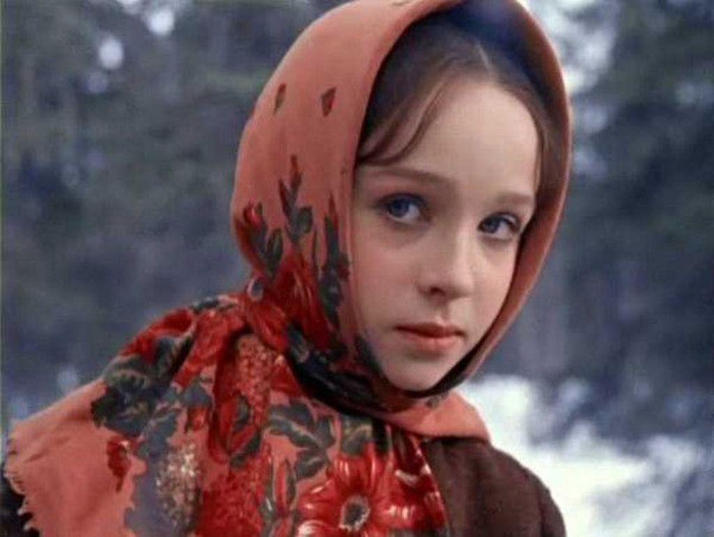 Я обожаю наше старое кино. Но вот Настенька с детства вызывала у меня стойкое чувство инстинктивного раздражения.