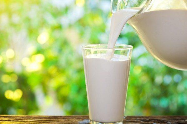 Как выбрать полезное молоко?