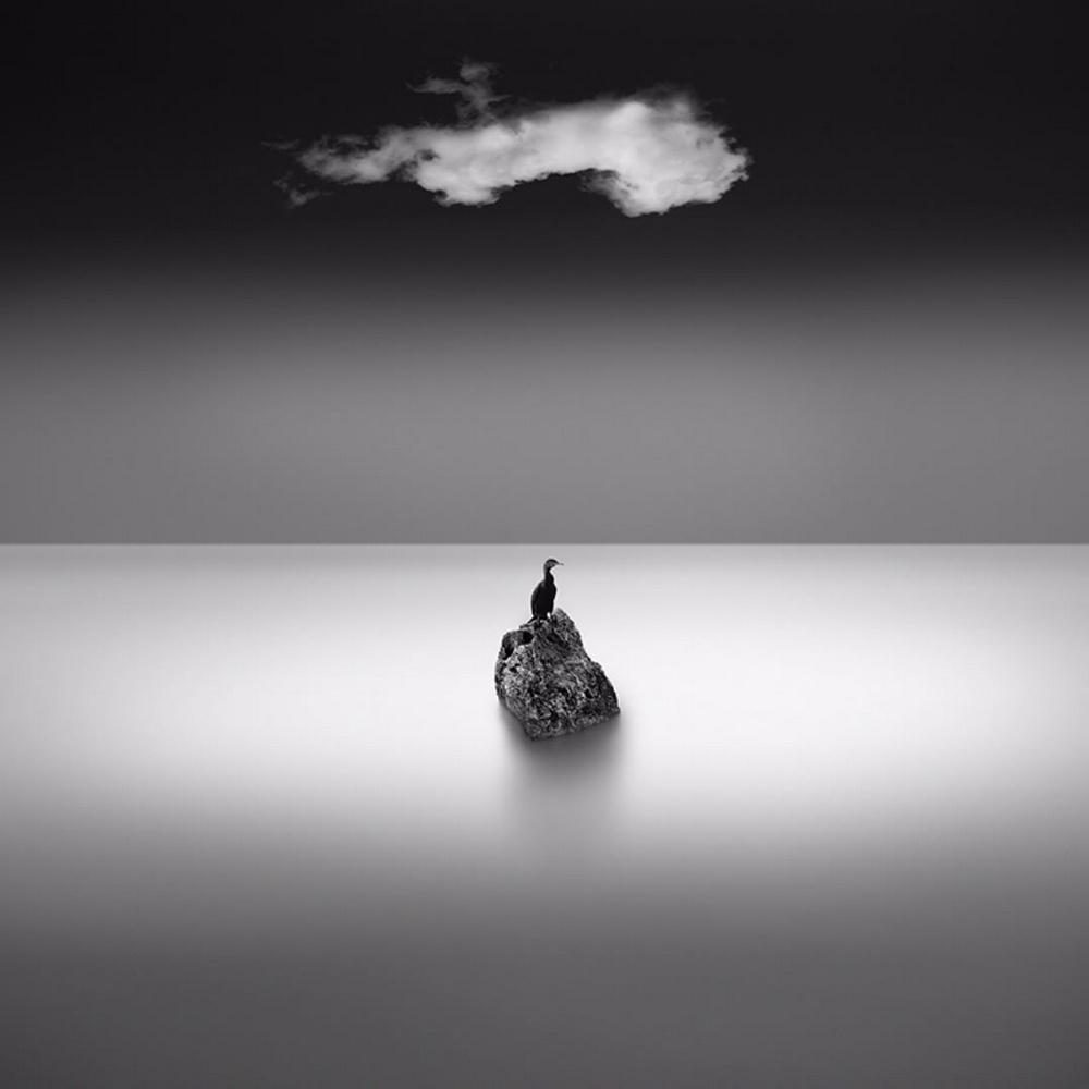 Чёрно-белые пейзажи, уходящие за пределы реальности. Фотограф Джордж Дигалакис 27