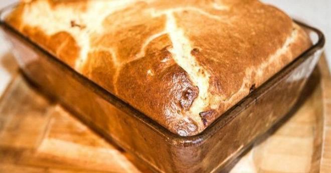 Продукты для этого пирога, найдутся в каждом доме!