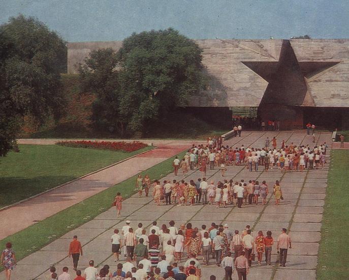 «Все познается в сравнении». По всему СССР на автомобиле в 1982 году. Часть 2