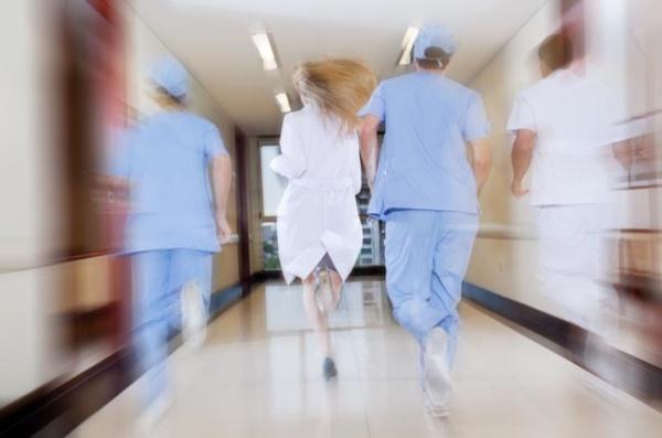 ИзЛатвии разбегаются врачи