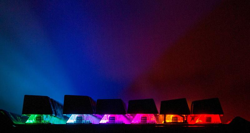 Настоящая игровая клавиатура Dareu EK812T с ковриком, мышкой и подсветкой.