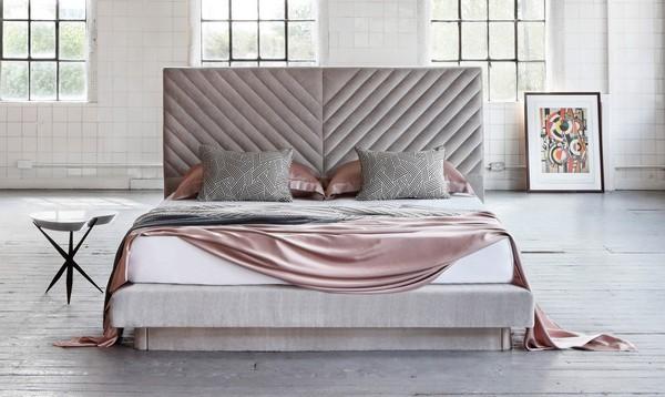 Savoir совместно с дизайнером Николь Фуллер выпустили кровать за 31.000$