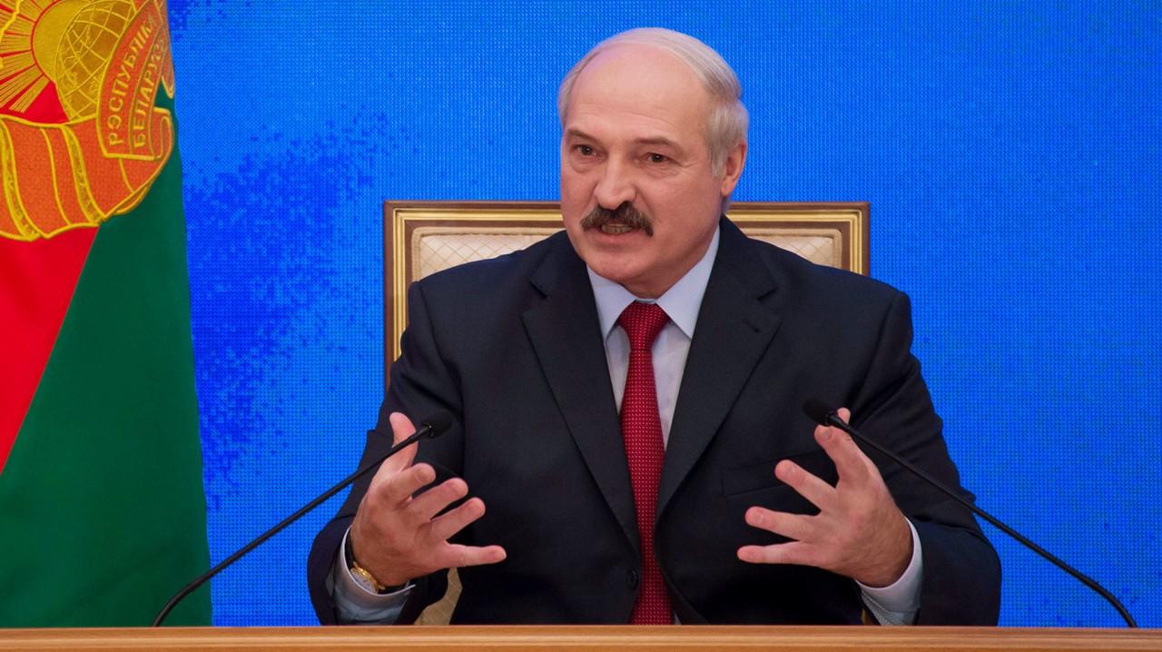 «МВФ смешал тёплое с зелёным»: почему Минск отказался выполнять условия по либерализации экономики