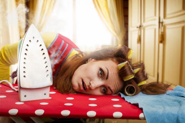 Работа 24 часа в сутки: на что тратят свое время мамы-домохозяйки