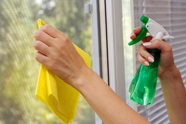 Как отмыть пластиковые окна …