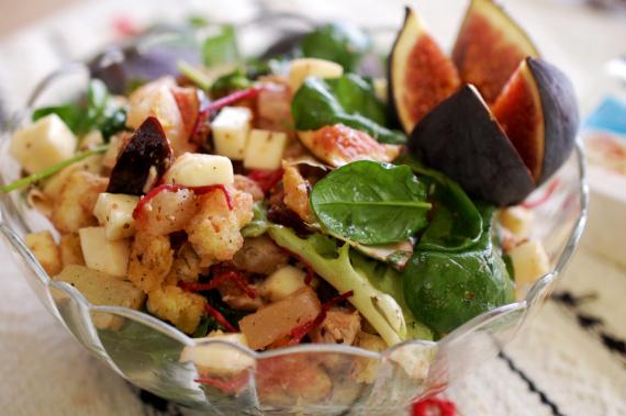 Салат с моцареллой с фото