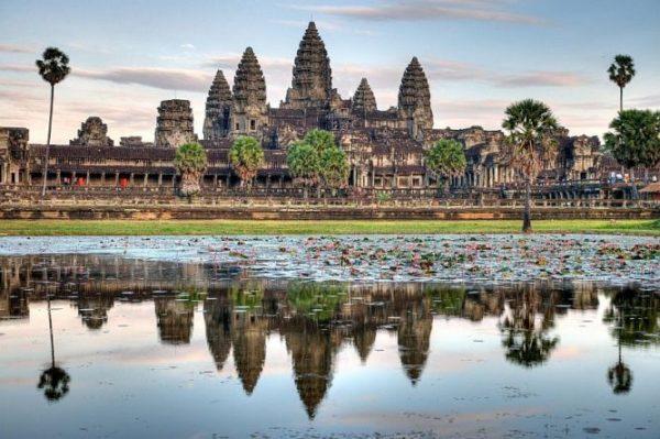 Храмы Ангкор и Преахвихеа — …