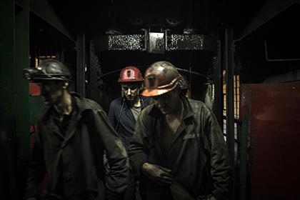 Две сотни горняков оказались заблокированы на шахте в Донецке из-за обстрела ВСУ
