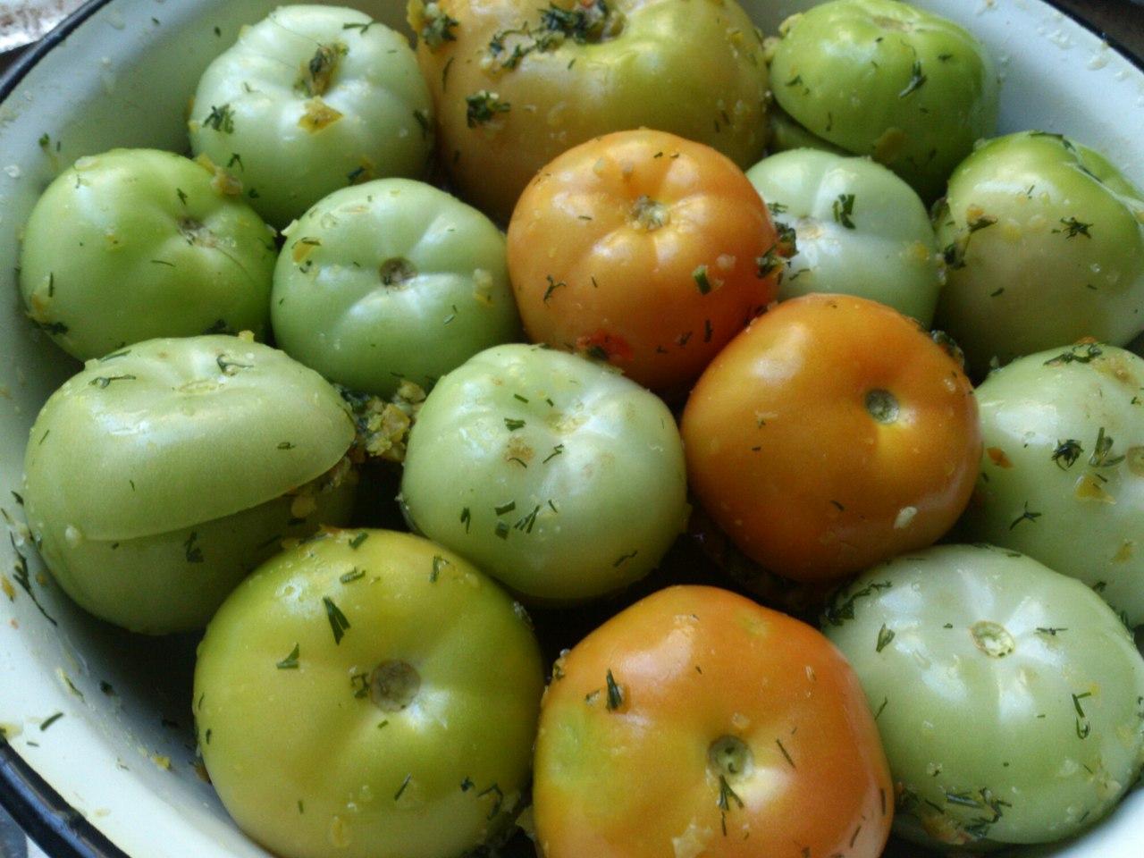Квашеные зеленые помидоры: простые рецепты в домашних 68