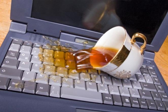 Жидкость и ноутбук – не совместимые: первые Ваши действия защиты от воды