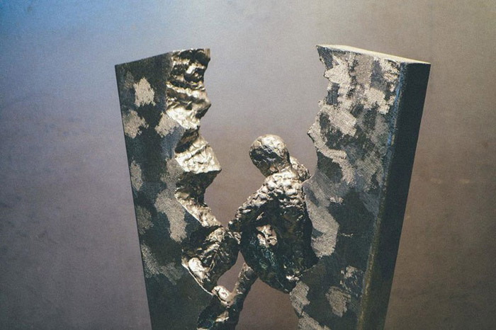 Работы из металла. Автор: David Madero.